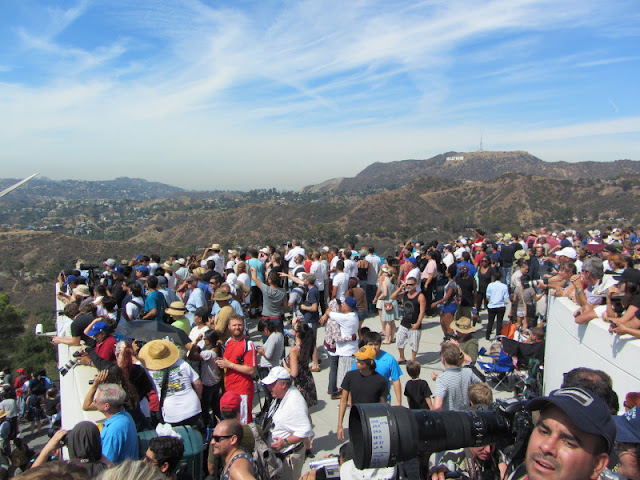 Spectators viewing Space Shuttle Endeavor from Griffith Observatory