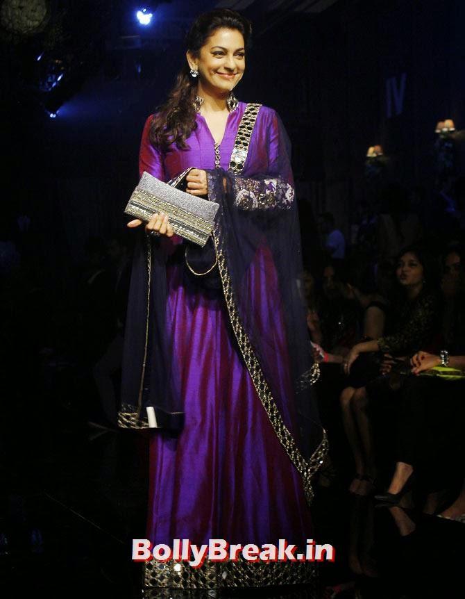 Juhi Chawla, LFW 2014 Pics  - Lakme Fashion Week 2014 Photo Gallery