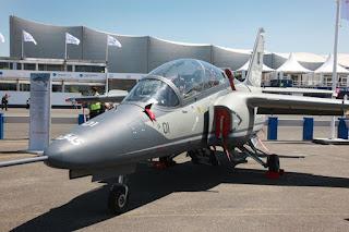 Leonardo M-345