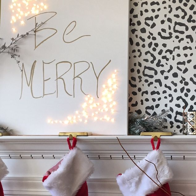 DIY: Light Up Holiday Sign