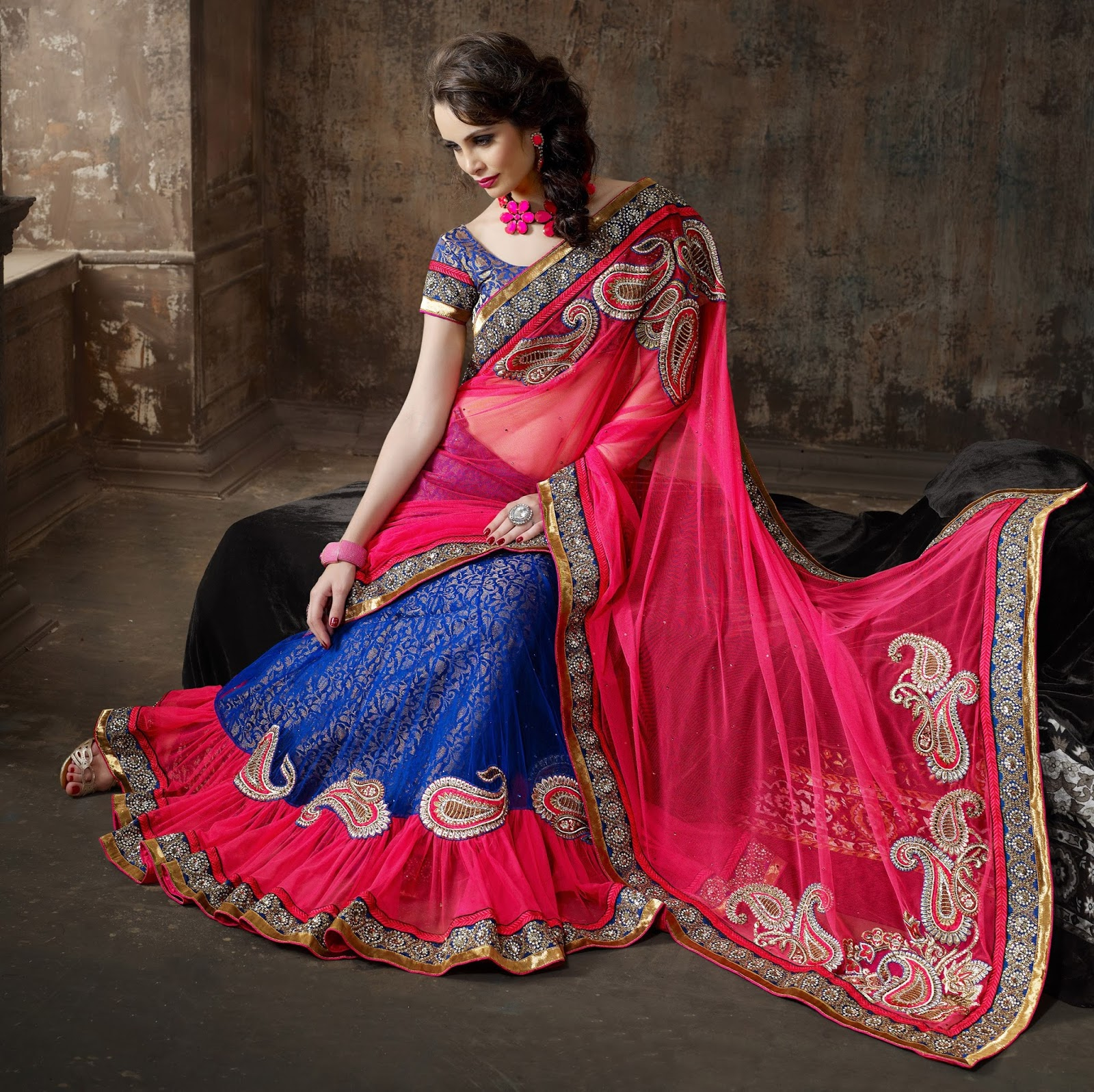 260b2a852779f0 Buy your favorite lehenga saree online today and get ready to see your best  friend tie the knot because your dream to look gorgeous waits just on the  other ...
