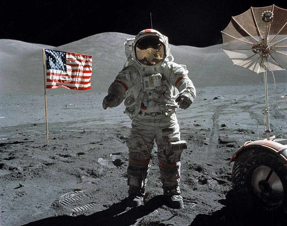 neil armstrong first astronaut on the moon - photo #6