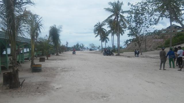 Halaman Pantai Sari Ringgung di Provinsi Lampung