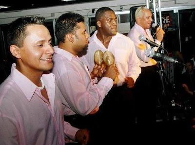 Foto del Grupo Niche en el escenario