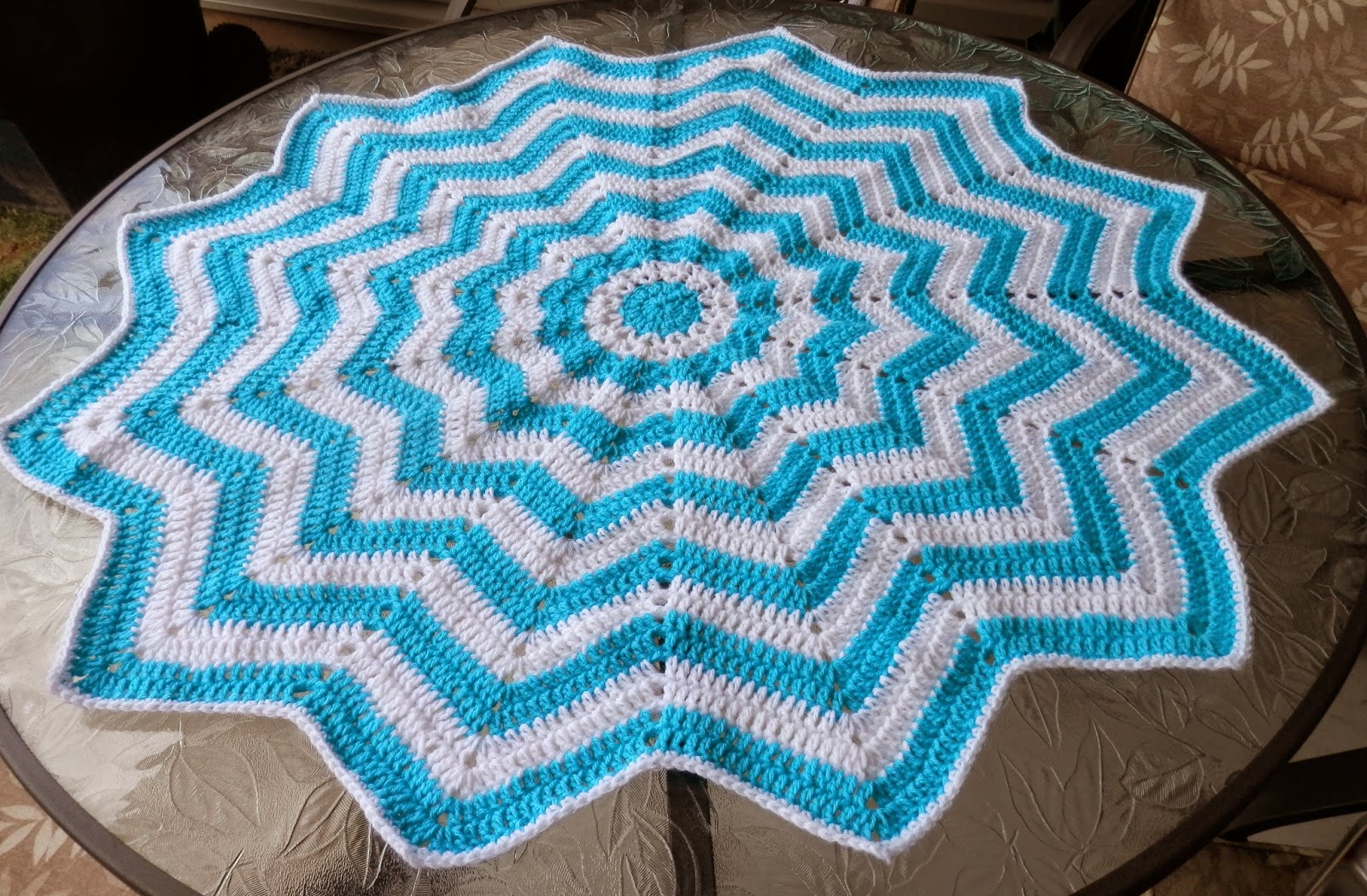 Karens Crocheted Garden Of Colors 12 Point Round Ripple