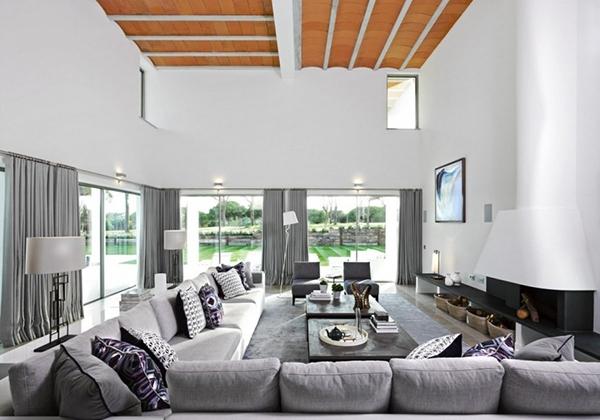 kita sering melihat rumah dengan desain minimal dan lebih memfokuskan pada fungsi Rumah Mewah Minimalis dengan Nuansa Terbuka
