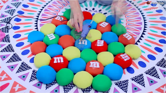 DIY M&M's Rug Out Of Old T-Shirts 27