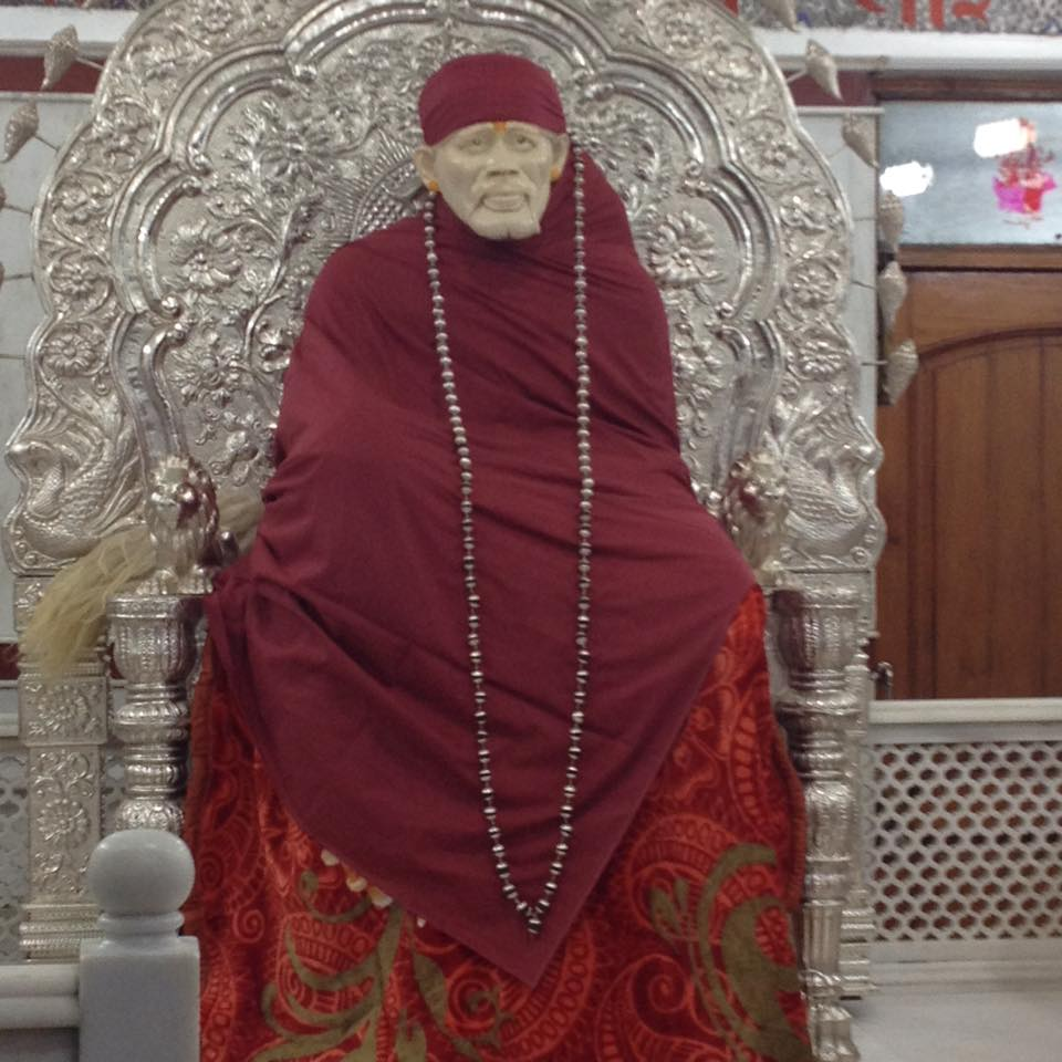 sai picture gallery blissful darshan of baba as seen in a. Black Bedroom Furniture Sets. Home Design Ideas