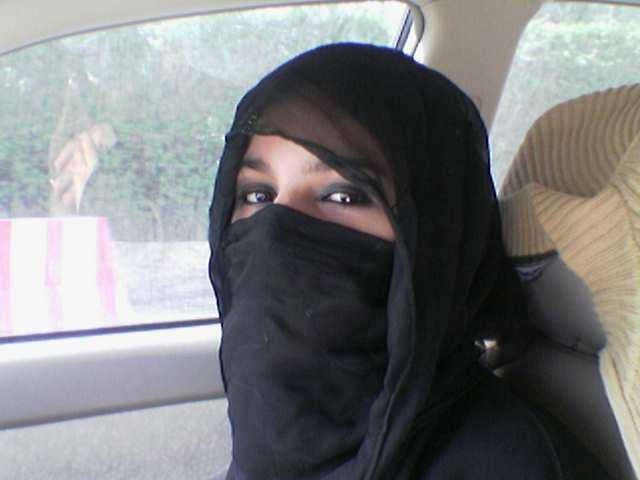مريم من الكويت ابحث عن زوج حنون مثقف يحترم المرآة