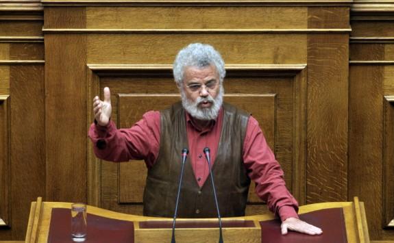 Προκλητική δήλωση βουλευτή του ΣΥΡΙΖΑ: Εδώ ψήφισαν 11 μειώσεις η 12η θα τους πειράξει;