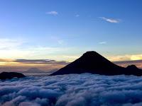 Pendakian Gunung Sindoro via Sigedang (Sikatok)/Tambi