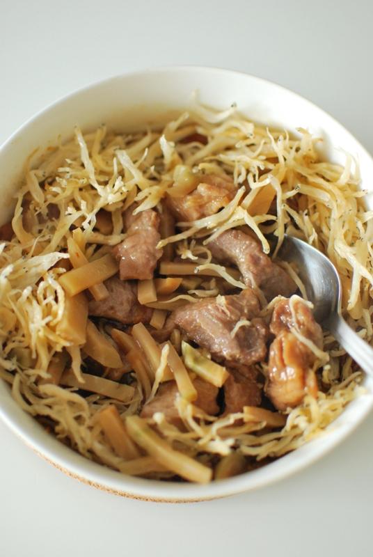 Chi Chi Happy Cooking: 【銀魚仔蝦乾蒸豬肉片】