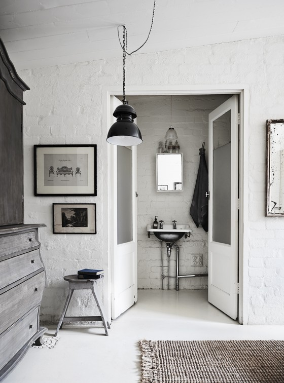 My scandinavian home 39 the white room 39 a studio with for Lynda interior design