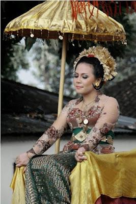 pengantin wanita suku sasak Lombok