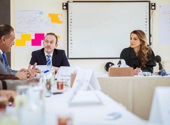 Queen Rania wore Valentino Print Line dress, wore Fendi suede pumps gold diamond earrings