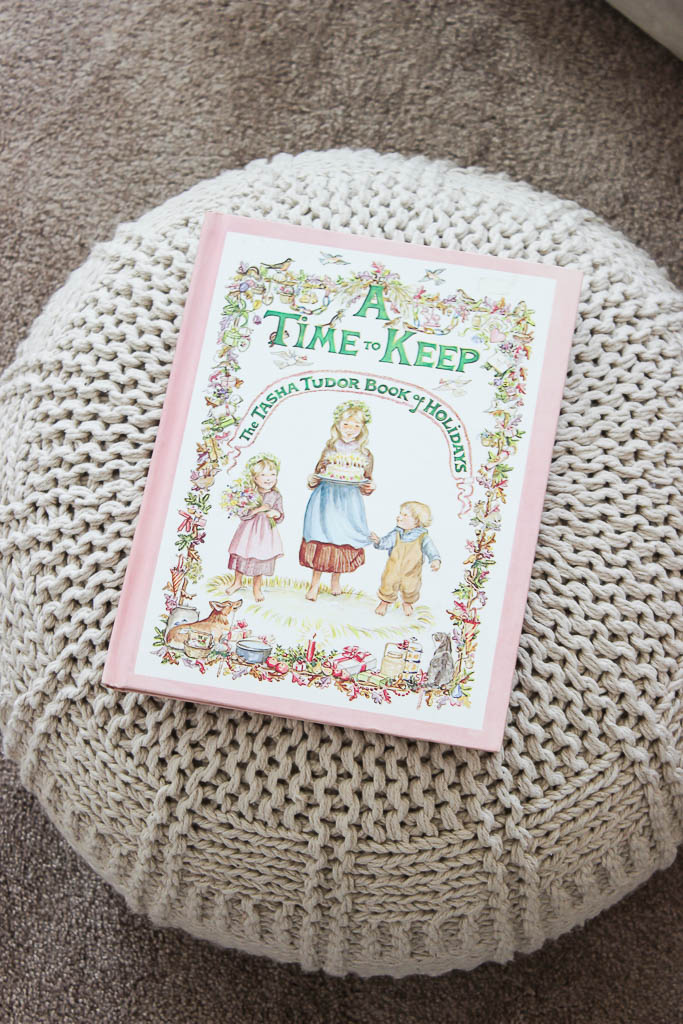 girl's vintage christmas book
