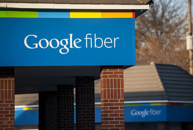 CEO do Google Fiber está deixando o cargo e a empresa está vai parar de oferecer o serviço em várias cidades