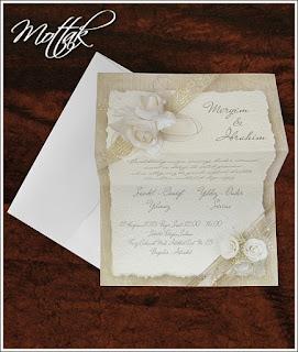 Svatební oznámení 5343 s bílými růžemi