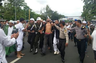 Dibekuknya Provokator di Silang Monas oleh Polisi Militer AL