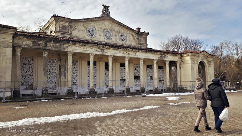 Teatrul de Vara Parcul Bazilescu Bucuresti