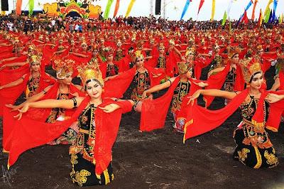 gandrung banyuwangi pic