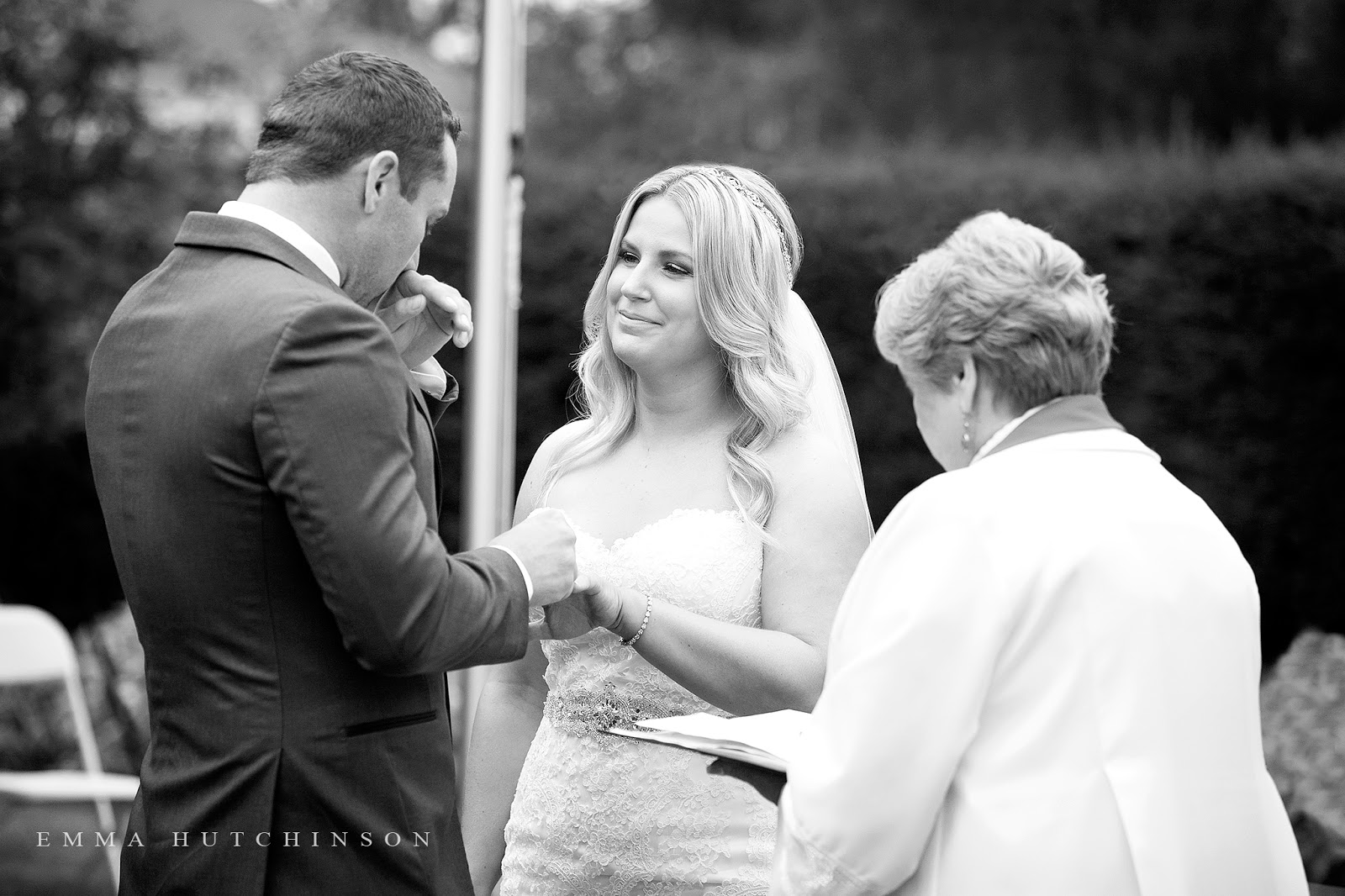 Grand Falls Windsor garden weddings in Central Newfoundland photographed by Emma Hutchinson Photography