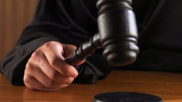 Tiga Pria Didakwa karena Menghina Islam di Dubai