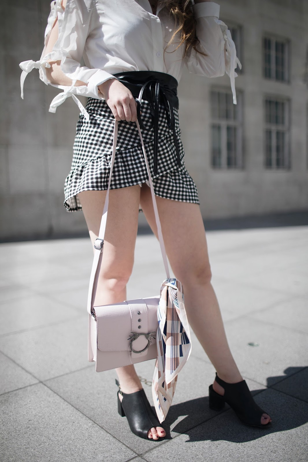 understanding your value, blogging 101, know your worth, the gingham trend, know yourself know your worth, fashion blogger, style blogger, london based style blogger, london based fashion blogger, boohoo ambassador, boohoo fashion, gingham skirt, gingham outfit idea