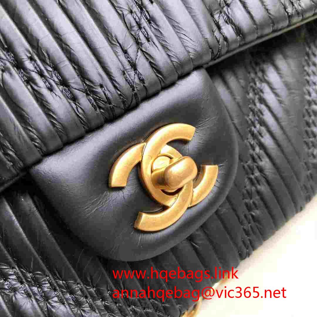 c7290e41a Chanel pleated crumpled calfskin classic handbag medium flap bag burgundy  A01112 2018 Greece collection(y822902)