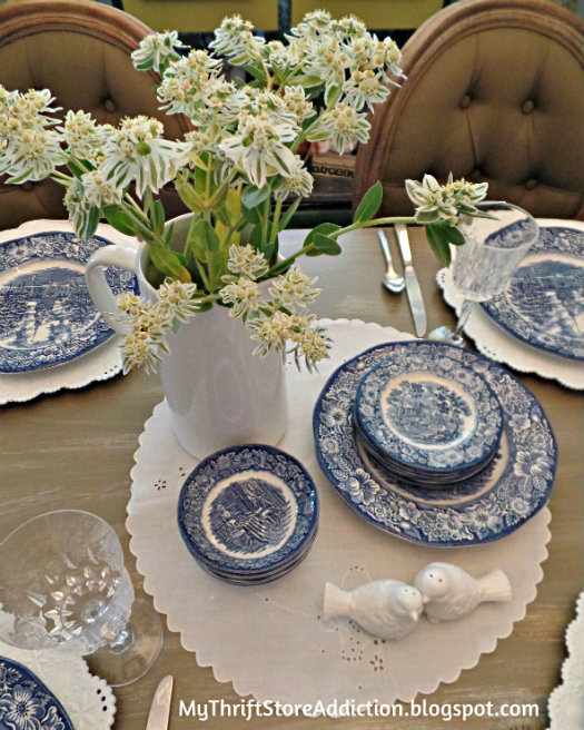 Liberty Blue tablescape