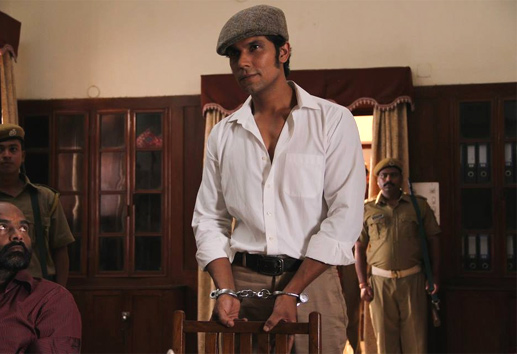 Main Aur Charles Review : Good portrayal of Charles Sobhraj's life