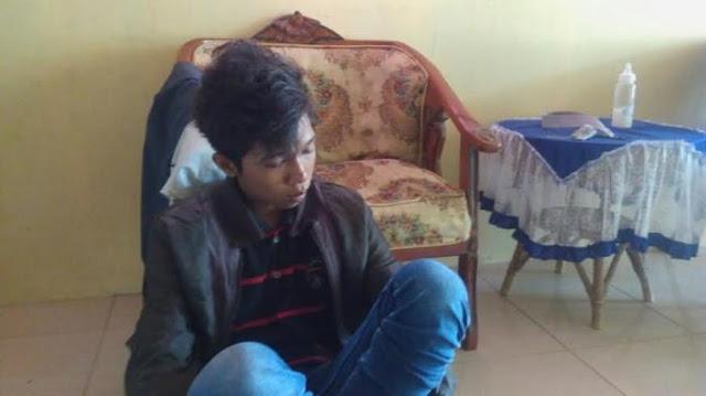 Mewek! Pria Yang Duduki Patung Pahlawan Di Medan Akhirnya Ditangkap Koramil
