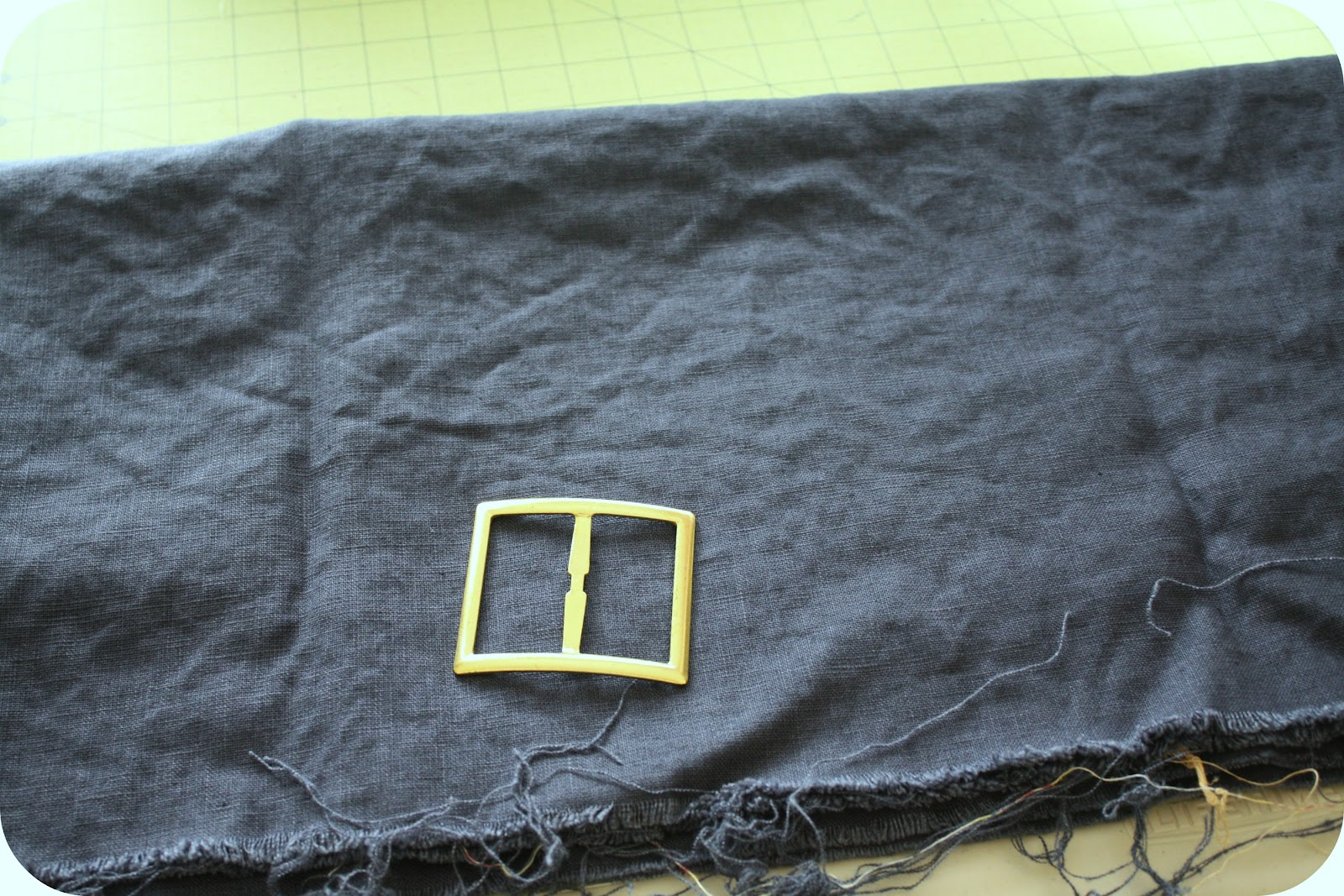 Cinched Fabric Belt Tutorial