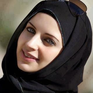 رانيا مصرية محجبة ومتدينة تبحث عن زوج وسيم.
