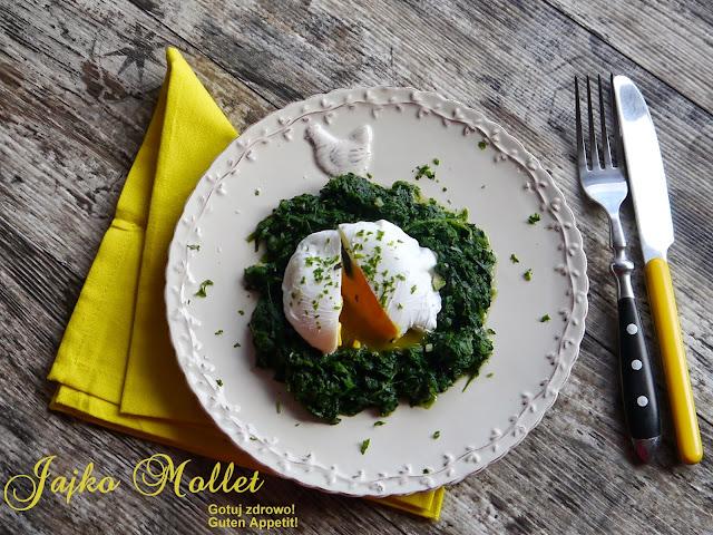 Jajko mollet na szpinaku - Czytaj więcej »