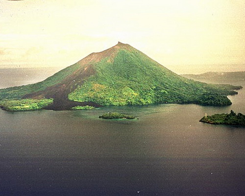 Tinuku.com Travel Gunung Api Island the majestic volcano emerged from sea to form island in Banda Neira the nutmeg land