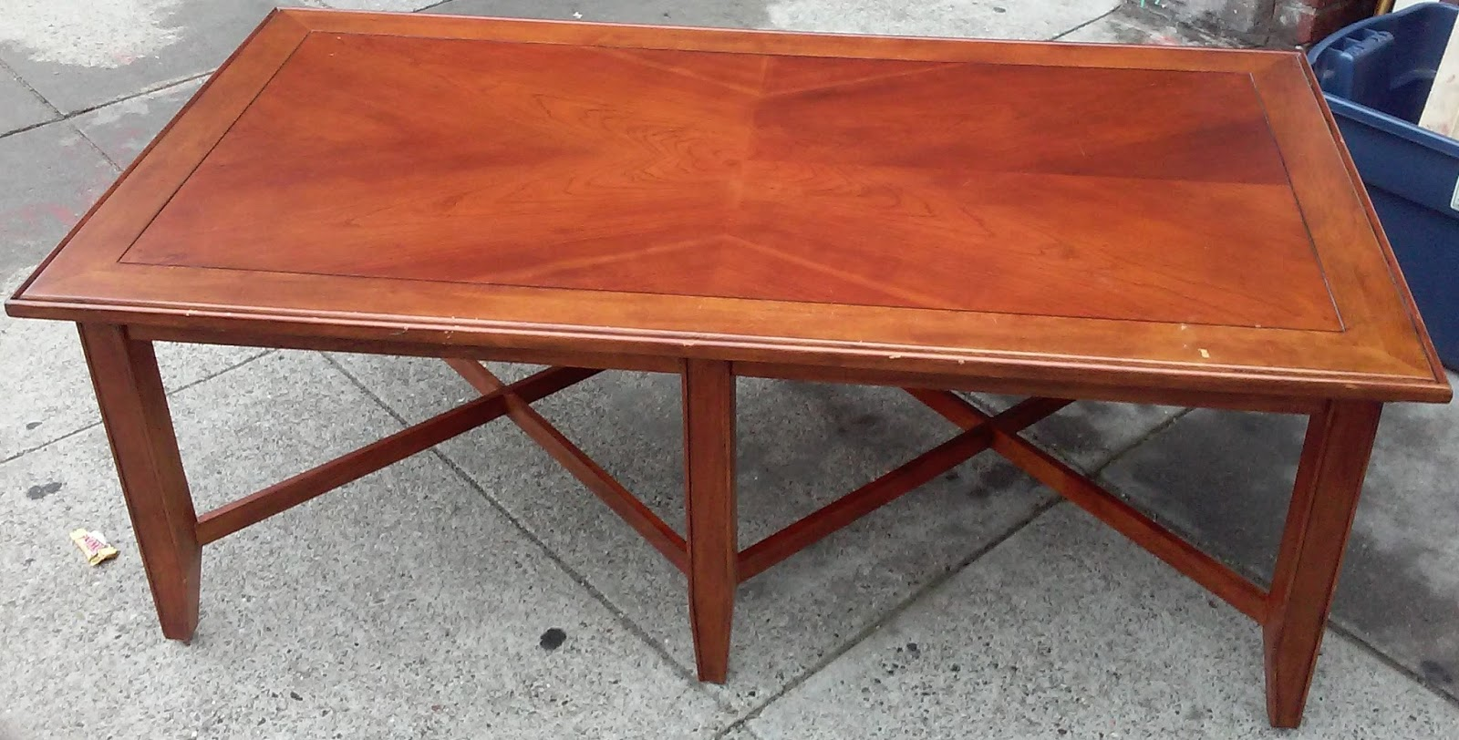 Uhuru Furniture Collectibles Sold Reduced Stanley 4 39 Cherry Finish Coffee Table 40