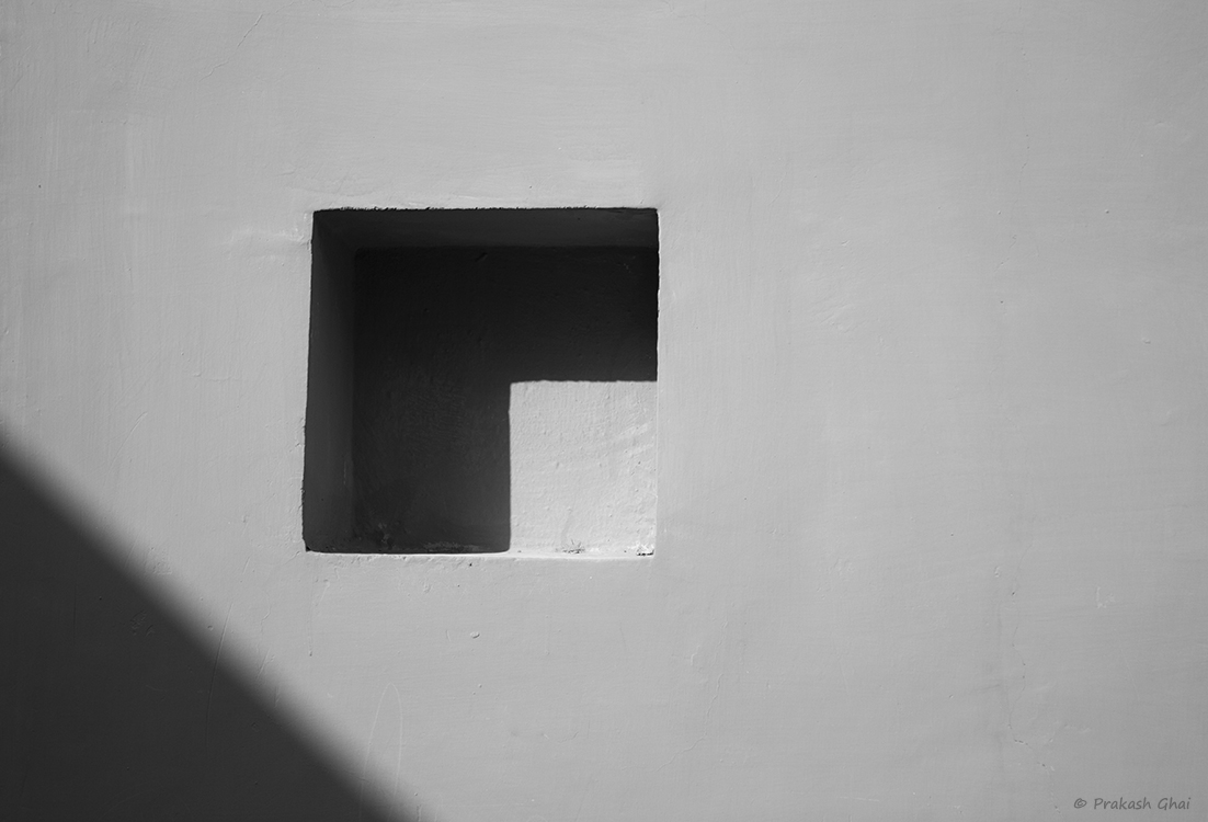 A Black and White Minimalist Photo of Square and a Triangle at Jawahar Kala Kendra Jaipur.