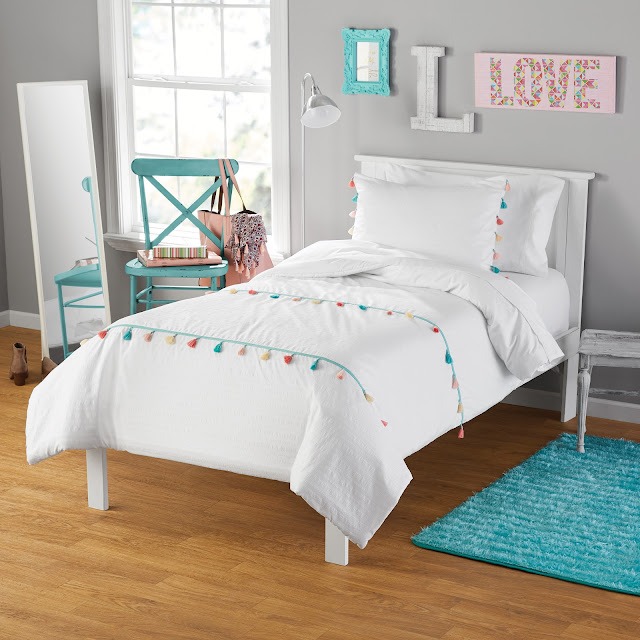 tassel bed bedding bedspread boho bohemian quilt
