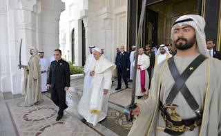الأمير والبابا على أرض العروبة: تقدّم يأبى الجمود، محبة بلا حدود، عبادة بلا قيود!