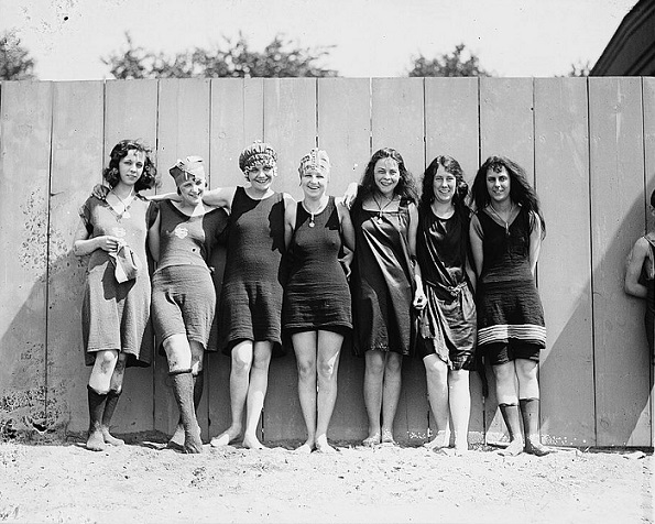 1920's girls Coney Island New York