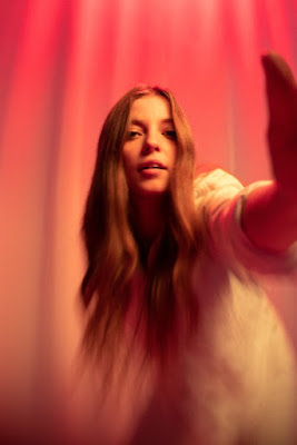 Les deux nouveaux single de Jade Bird, « Uh Huh » et « Love Has All Been Done Before » préfigurent un album solo qui promet d'être percutant. Rdv sur #LACN.