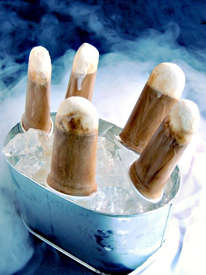 Caramel Macchiato Popsicles - It's summertime, so why not turn your favorite coffee into a cool, delicious popsicle? From www.bobbiskozykitchen.com