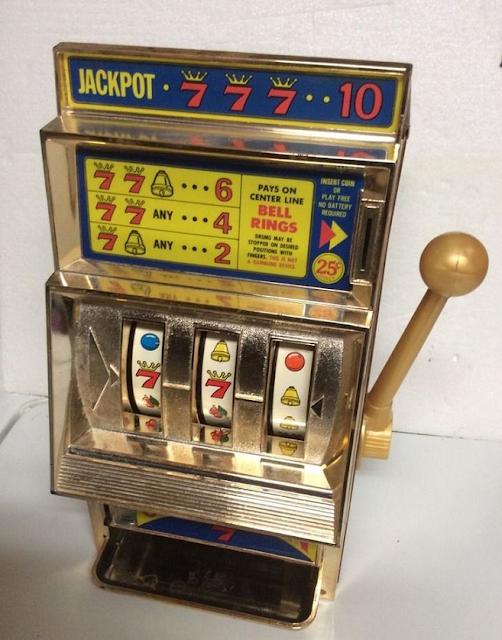 Souvenirs de caça-níqueis antigos em Las Vegas