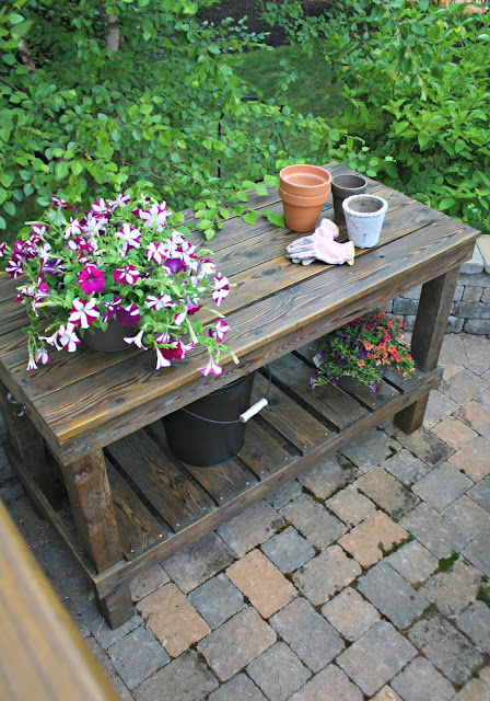 Refinishing the DIY potting bench