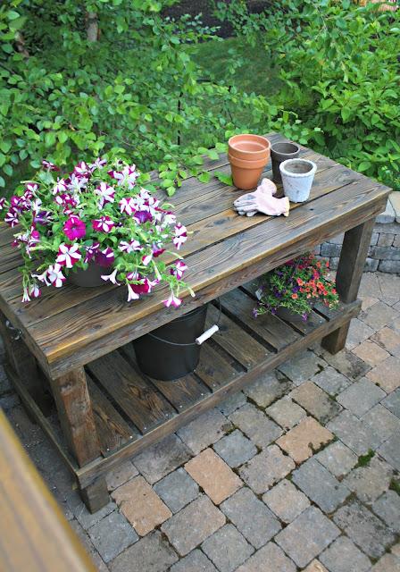 Refinishing the DIY potting bench