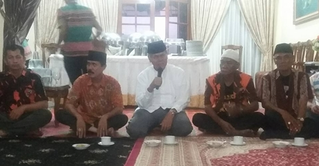 Ditanya Bakal Berpasangan dengan Desri, Emzalmi: Insya Allah Kami Maju di Pilkada Padang 2018