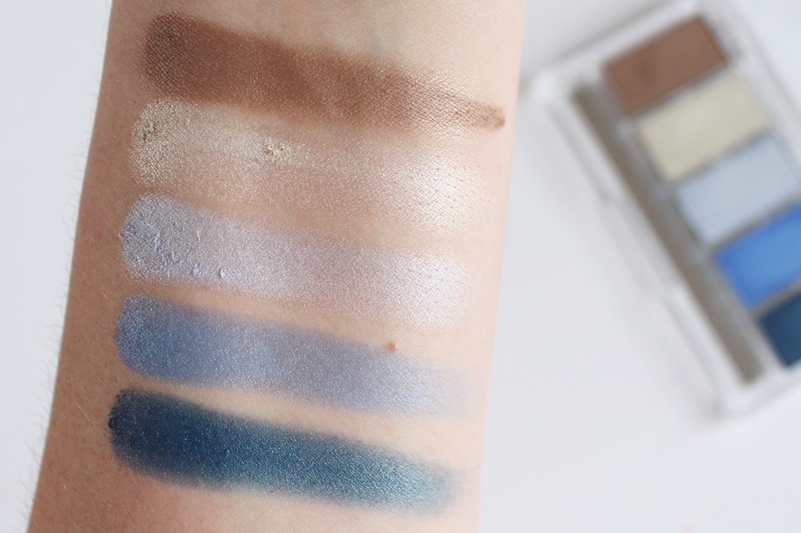 ESSENCE COSMETICS | Nauti Girl Trend Collection - Review + Swatches - CassandraMyee