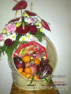 rangkaian bunga parcel bunga buah untuk hari raya imlek