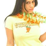 Andrea Rincon, Selena Spice Galeria 13: Hawaiana Camiseta Amarilla Foto 35